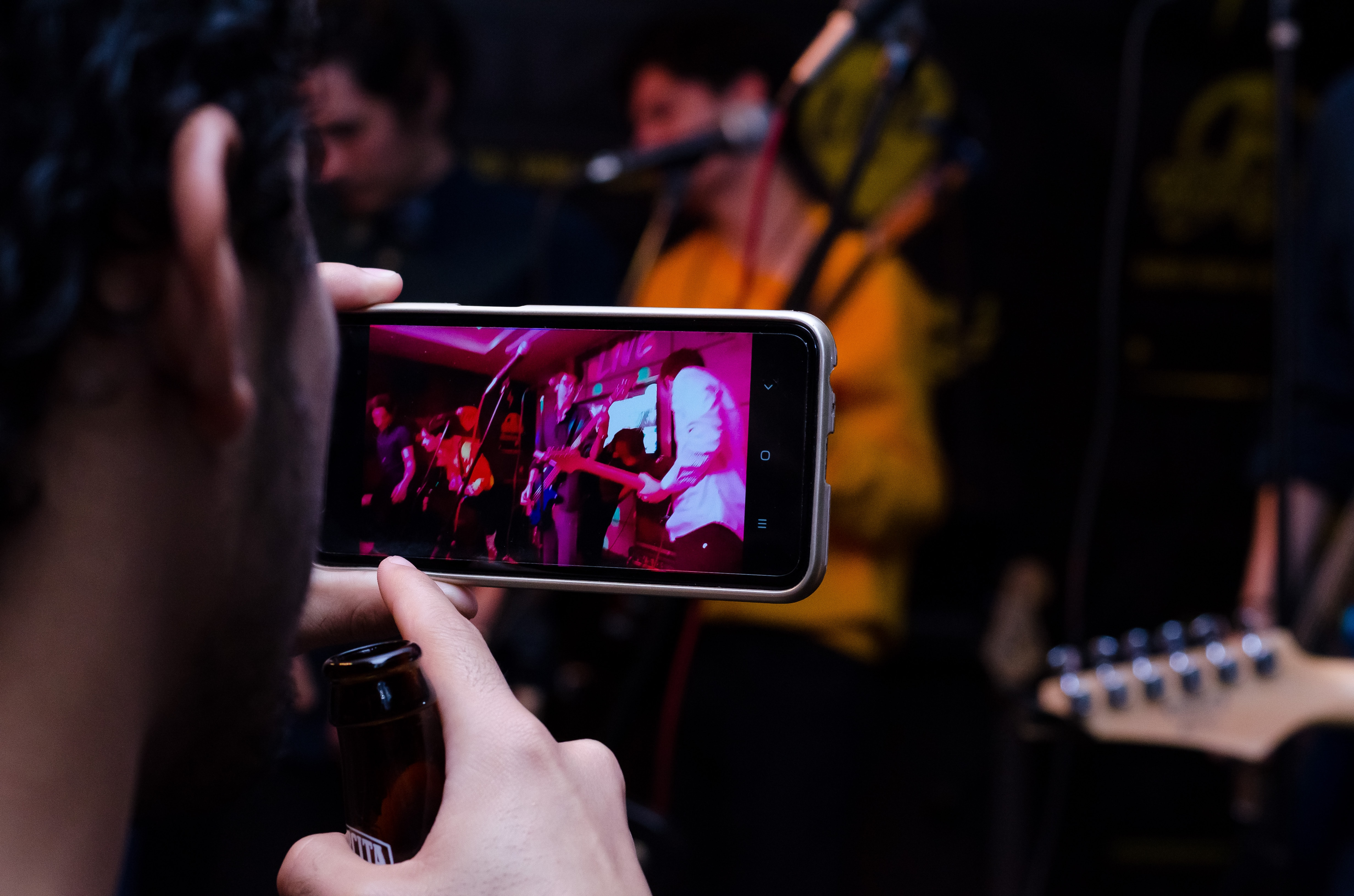 Mobile phone filming. Image by Frederick Medina
